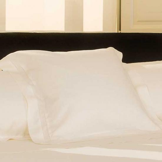 Basic Flandes Cushion Cover
