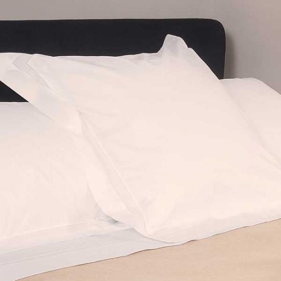 Basic Epoque Square Cushion