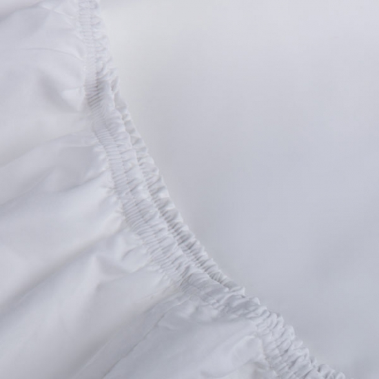 Fitted sheet made from 100% cotton